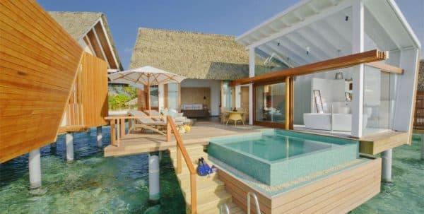 Kandolhu ocean villa with pool: vista exterior de la terraza