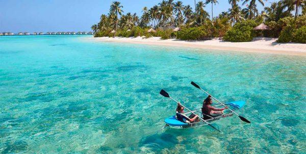 Amari Havodda: pareja en kayak