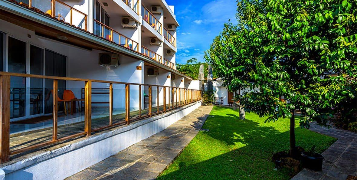 Unawatuna resorts