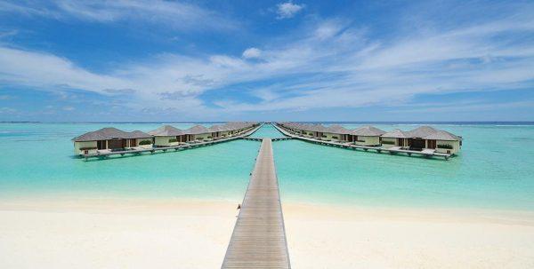 Paradise Island Maldives, el muelle de las water villas