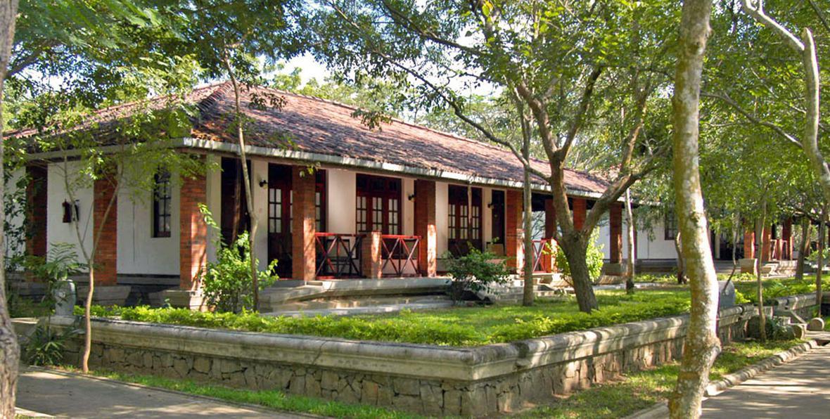 Garden City Hotel Reservations