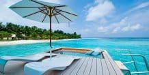 terraza privada en Holiday Inn Maldivas