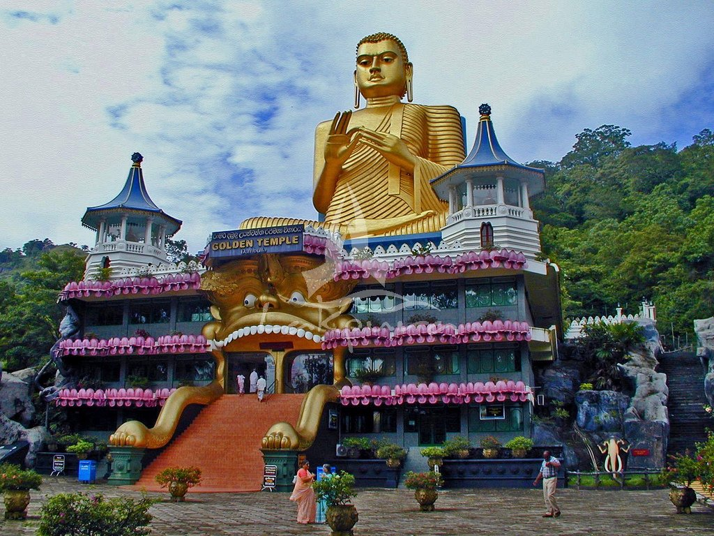 Fachada del Templo de oro de Dambulla