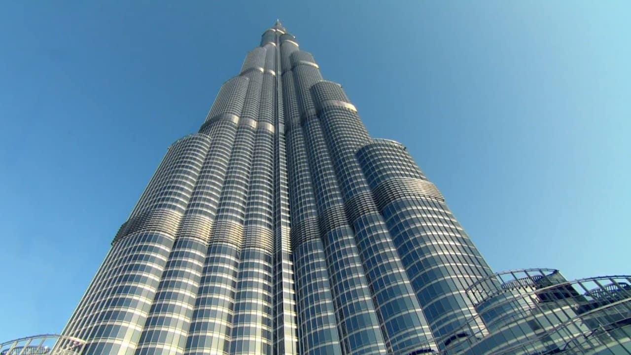 El Burj Khalifa visto desde la planta baja