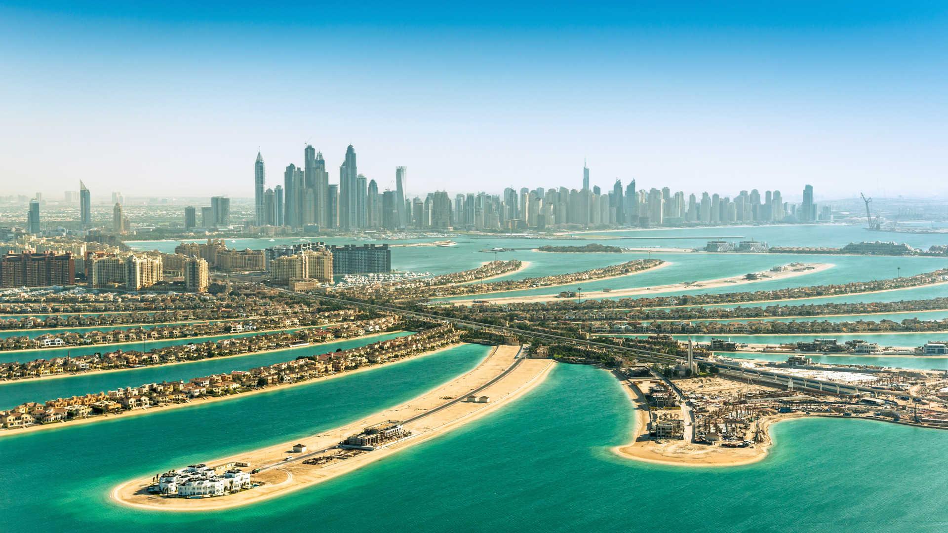 Vista aerea de la palmera de Dubai en los Emiratos Árabes Unidos