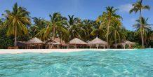 agua cristalina en Reethi Faaru Resort