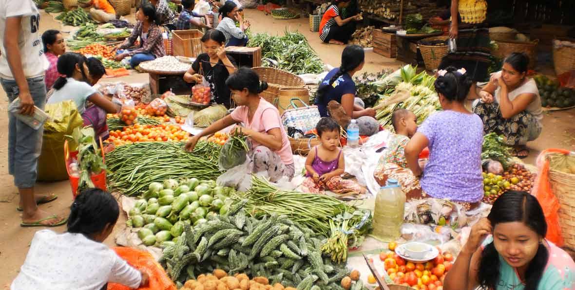 viaje a Myanmar: mercado local de Nyaung-U