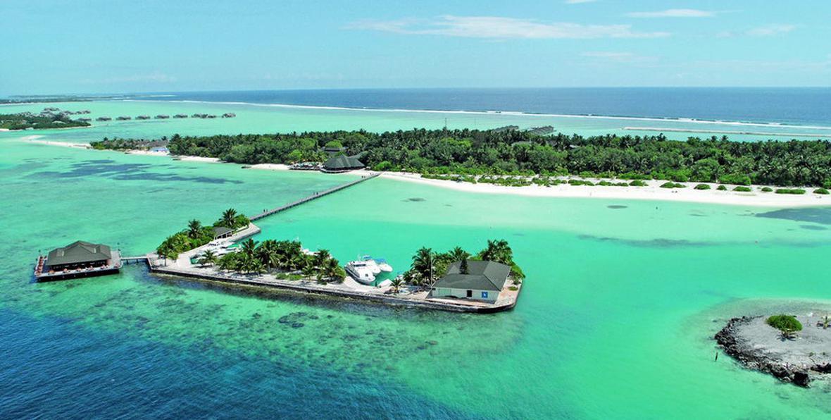 Risultati immagini per paradise island maldive